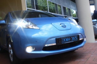 Nissan Leaf, looking good after its beauty treatment, a.k.a. thorough wash, the day before.